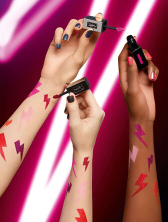 Glossy Stain Holographics